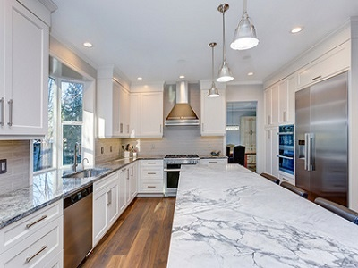 Beautiful white kitchen design.